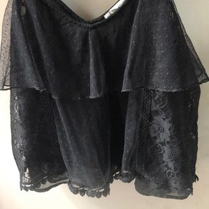 American Eagle Outfitters Tops - American Eagle Black Flowy Lace Camisole